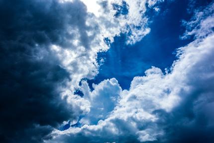 Blick durch die Wolken